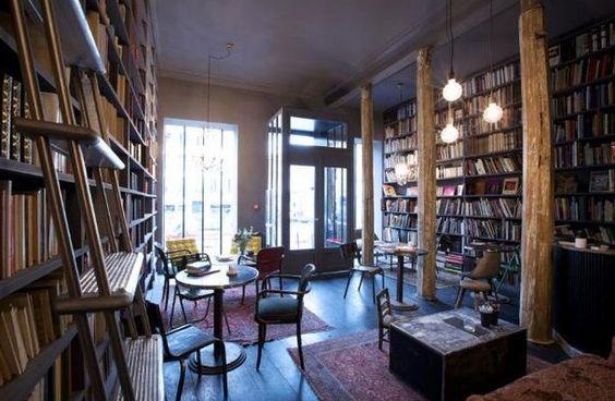 Café littéraire Merci